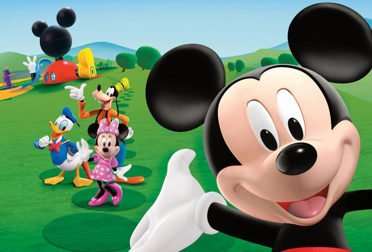 Analisando a casa do Mickey Mouse